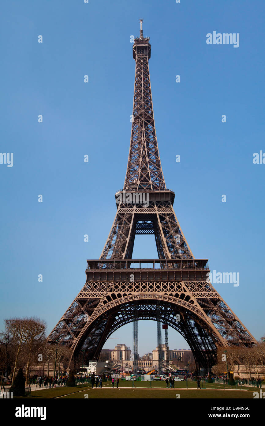 Eiffel Tower in France, Paris classic view - Stock Image