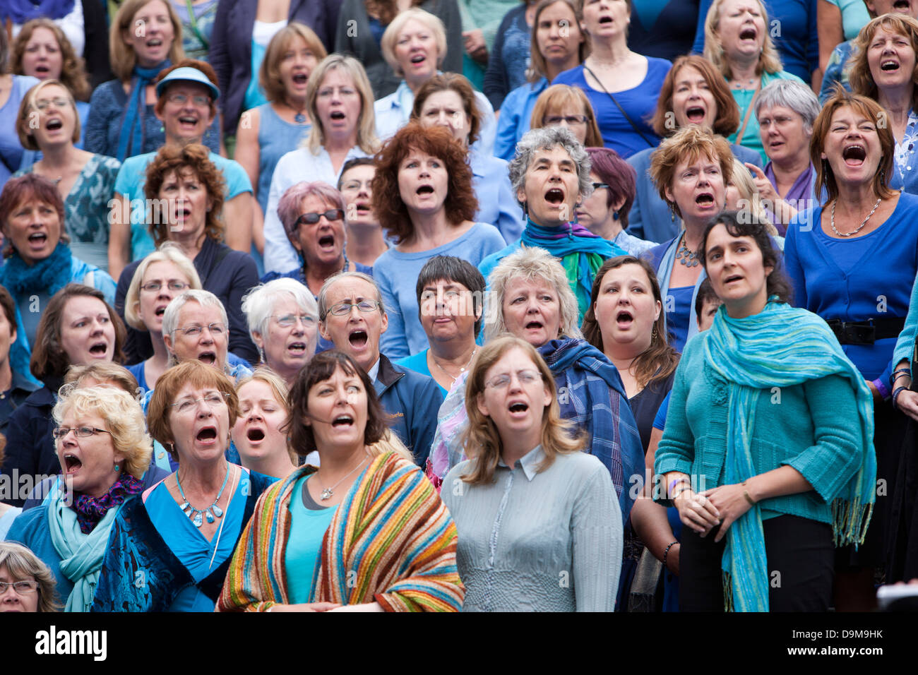 An 800 voice choir singing for water in front of the City Hall, Thames Festival, London, UK - Stock Image