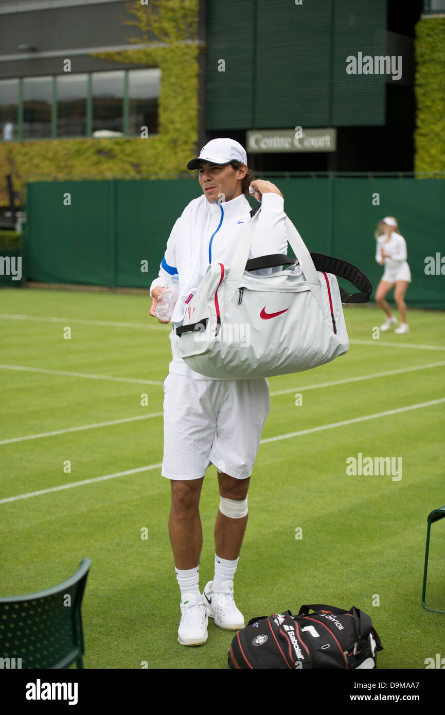 Wimbledon, London, UK. 22nd June 2013. The Wimbledon Tennis Championships 2013 held at The All England Lawn Tennis Stock Photo
