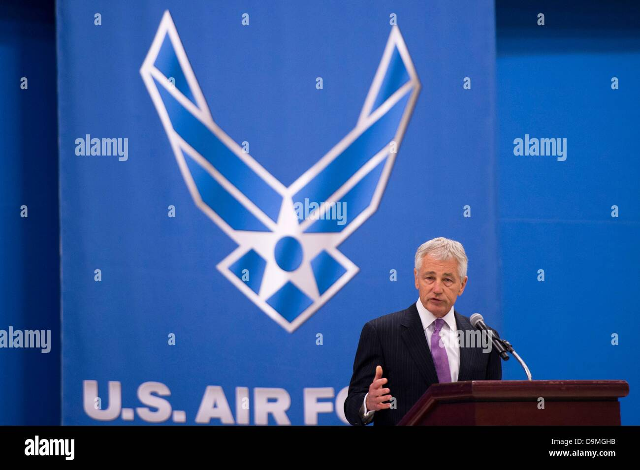 Maryland, US. 21 June 2013. US Secretary of Defense Chuck Hagel speaks at the farewell ceremony for Secretary of - Stock Image