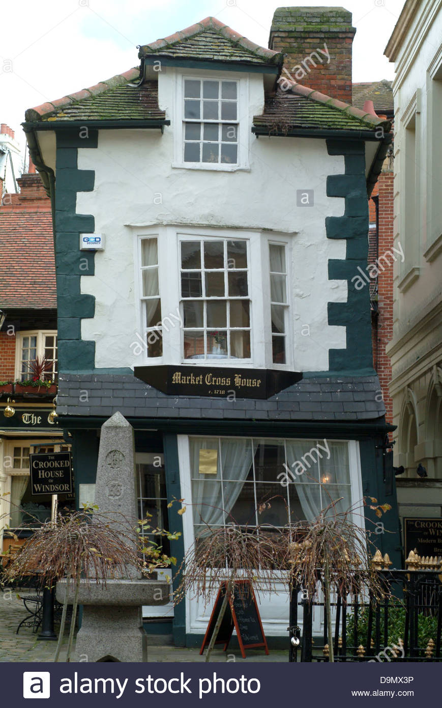 architecture building buildings england english exterior facade half timber inn near old outside pub public house - Stock Image