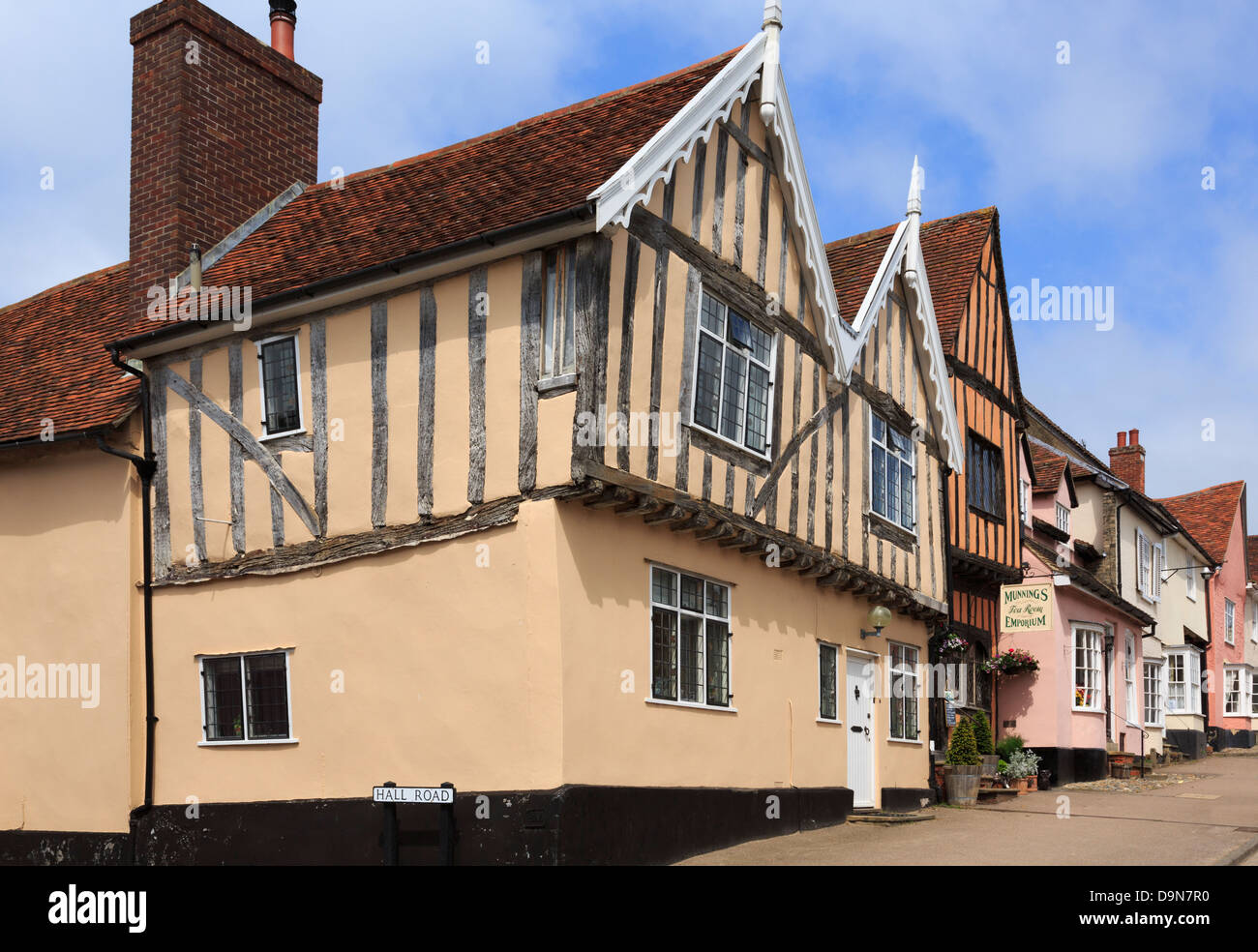 Timbered buildings in medieval village. High Street, Lavenham, Suffolk, England, UK, Britain - Stock Image