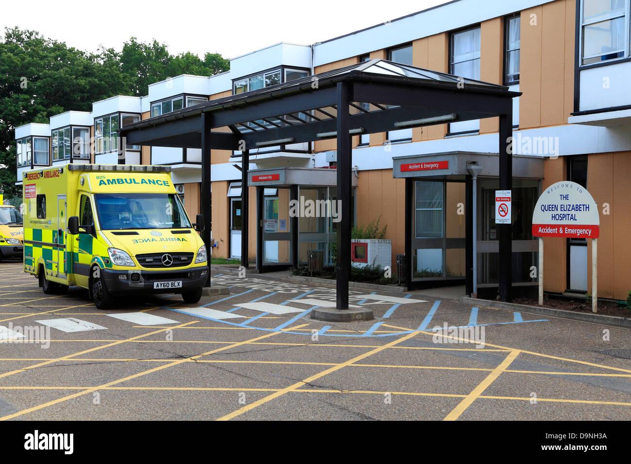 Kings Lynn, Queen Elizabeth Hospital, NHS, Norfolk, England, UK, English hospitals, ambulance National Health Service - Stock Image