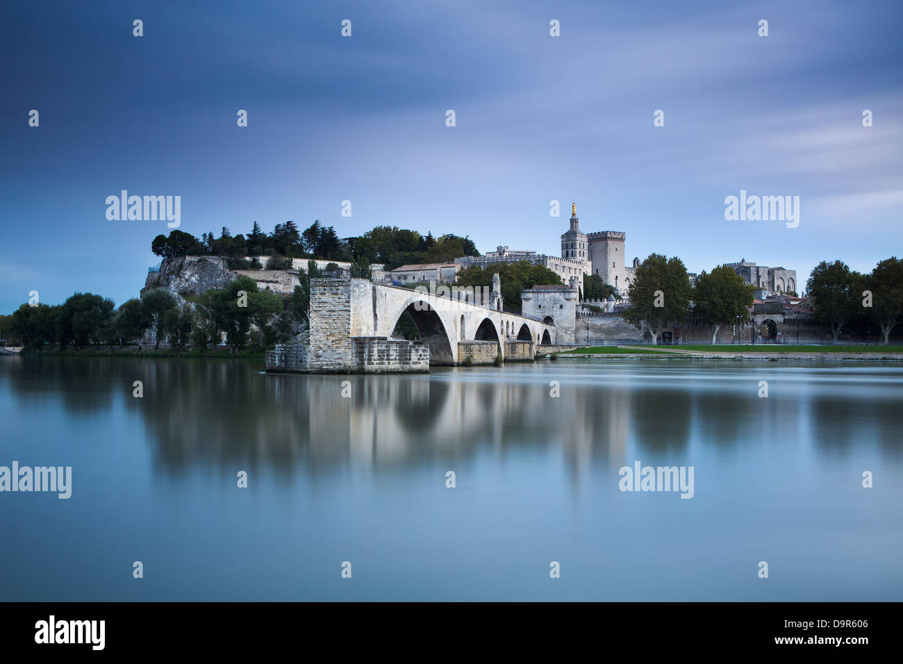 the Pont St-Bénézet, Palais des Papes & Rhone River at dusk, Avignon, Provence, France - Stock Image