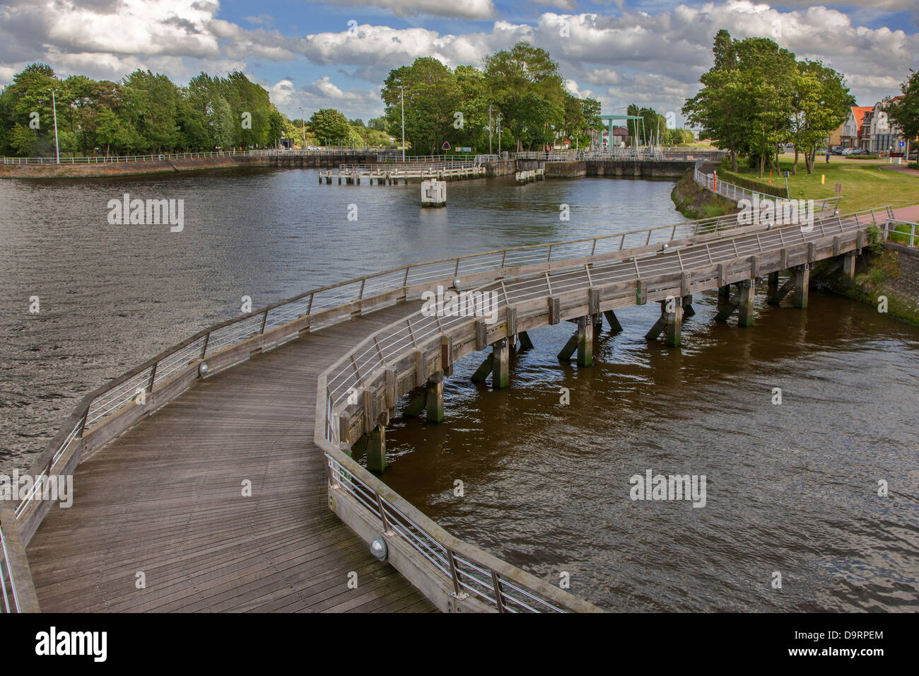 The river IJzer / Yser at the sluice complex Ganzenpoot / Goose Foot in Nieuwpoort / Nieuport, West Flanders, Belgium - Stock Image