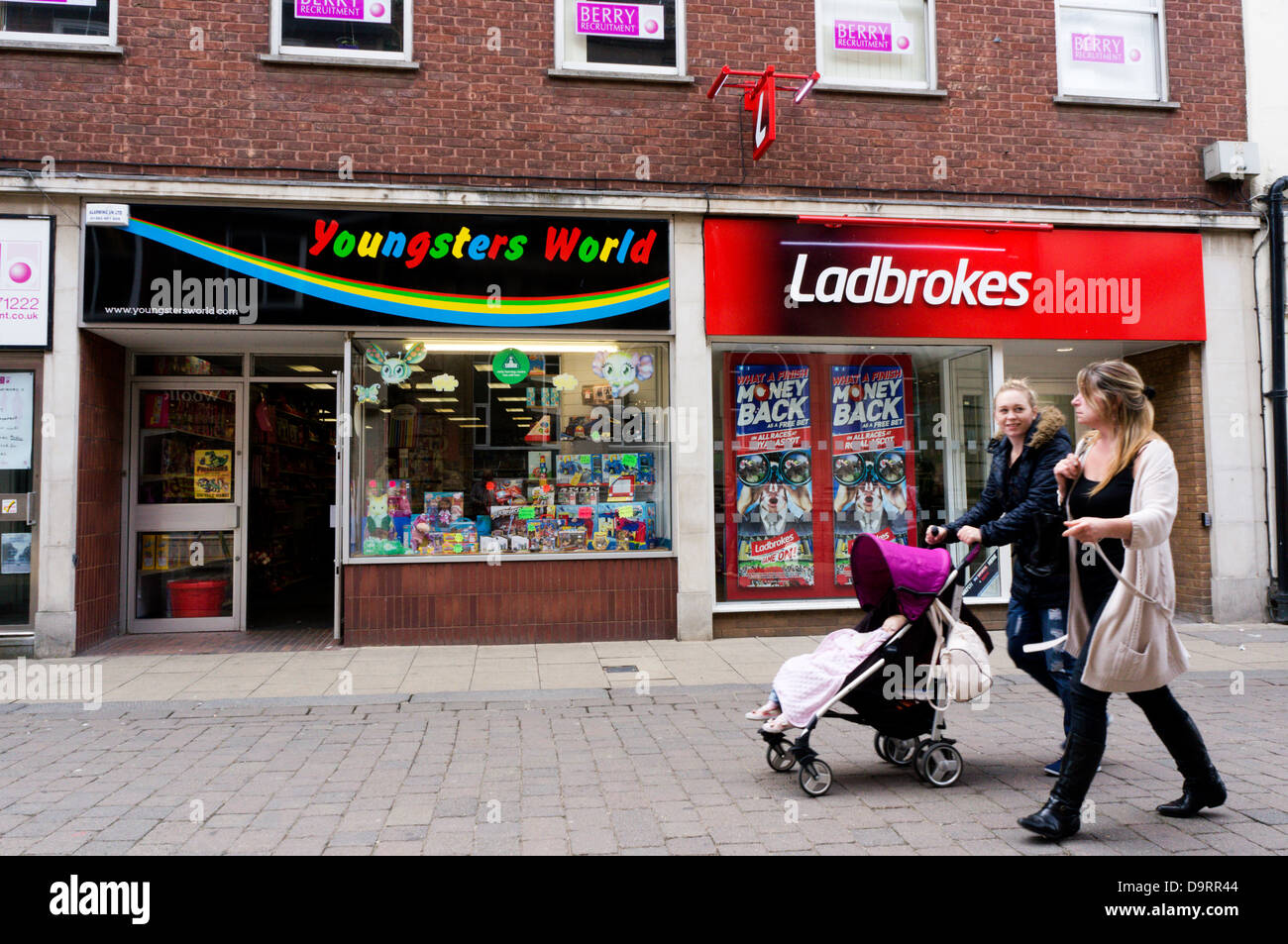 Ladbrokes Stock Photos & Ladbrokes Stock Images - Alamy