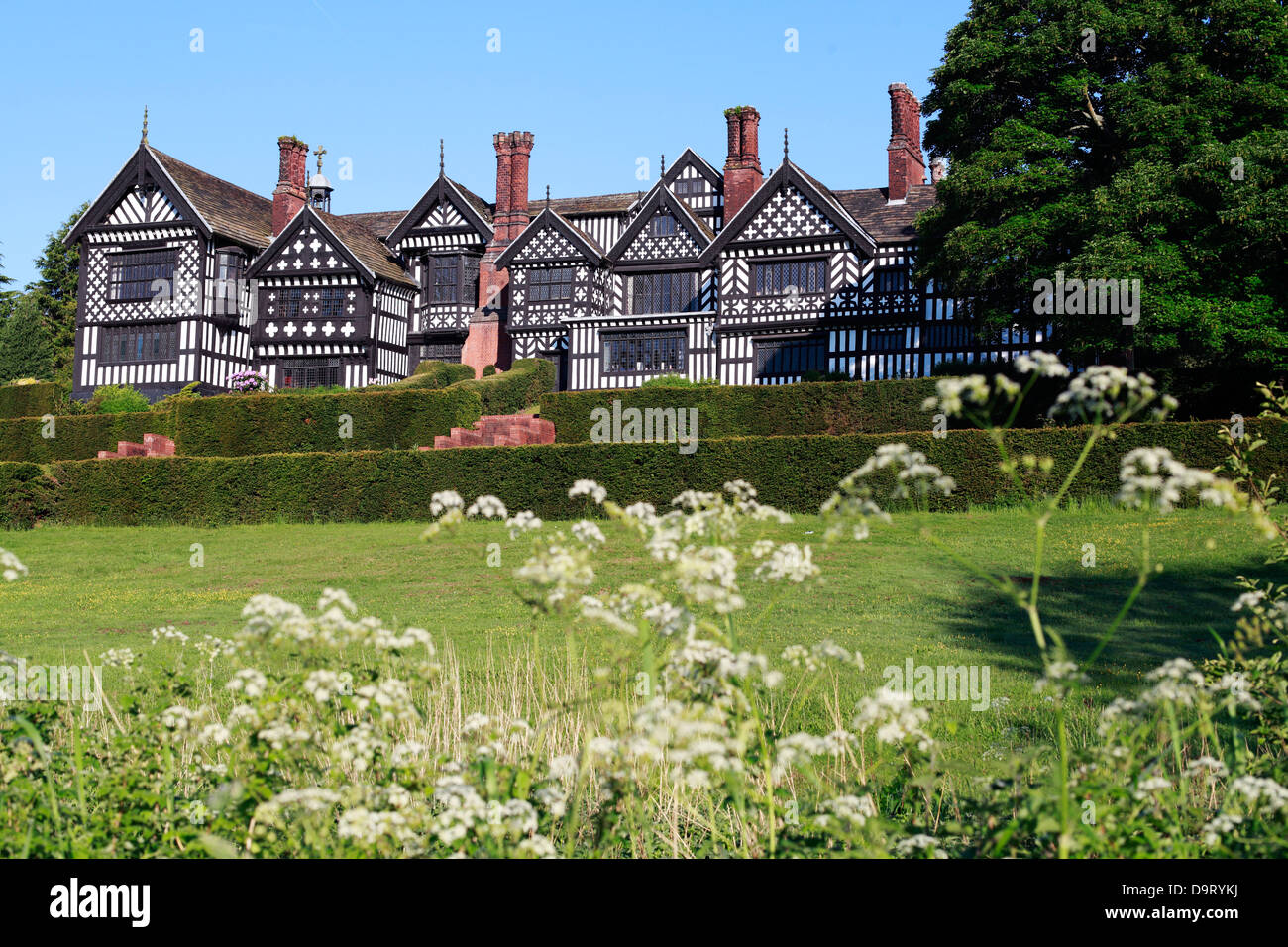 Bramhall Hall A Tudor Timber Framed Country House In Bramhall Stockport Cheshire England - Stock Image