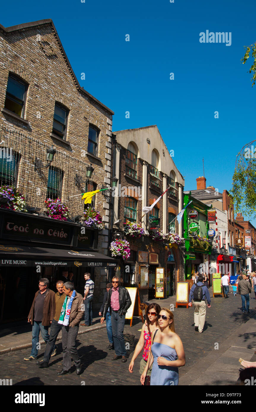 Temple Bar Square in Temple Bar entertainment area central Dublin Ireland Europe - Stock Image
