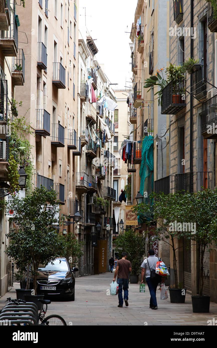 carrer dels aguilera narrow old city street barcelona catalonia spain - Stock Image