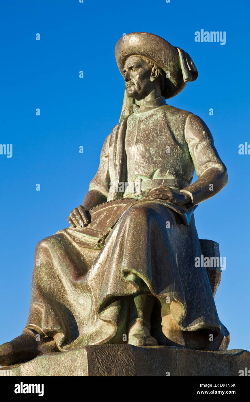Statue of Henry the Navigator Lagos Algarve Portugal EU Europe - Stock Image