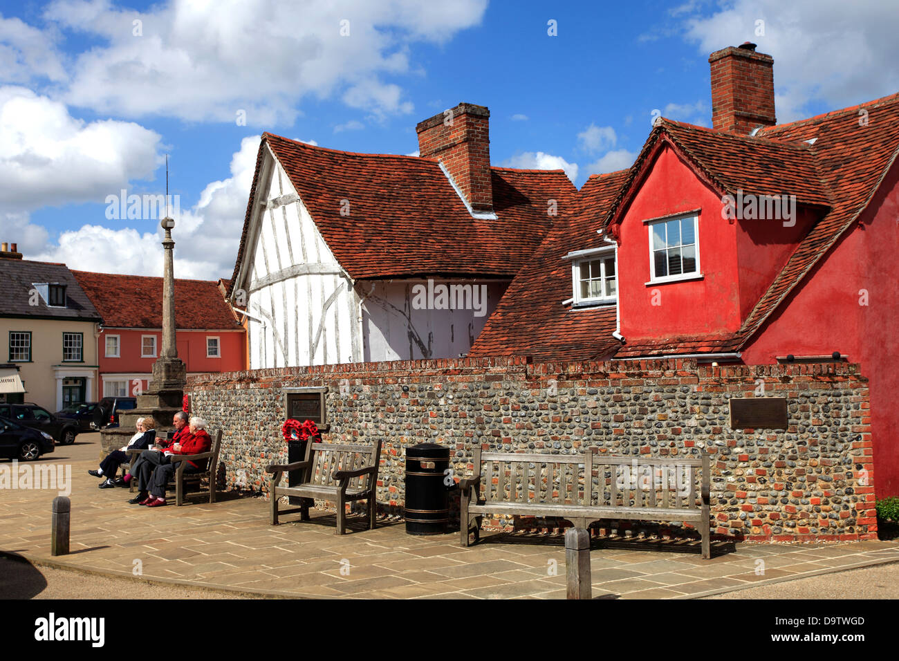 Colorful Half Timber Built Thatched Cottages, Lavenham village, Suffolk County, England, Britain - Stock Image