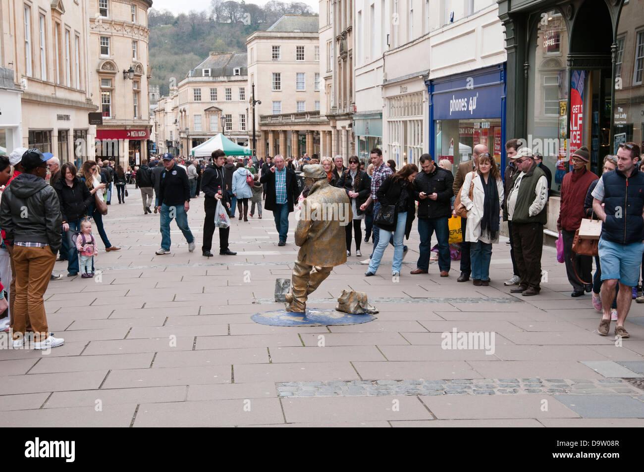 Street Entertainer Bath Somerset England UK - Stock Image