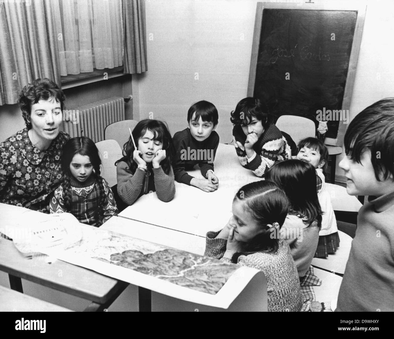 Children of foreign workers learn the German language with toys and crafting in the Don Bosco House in Soest in - Stock Image