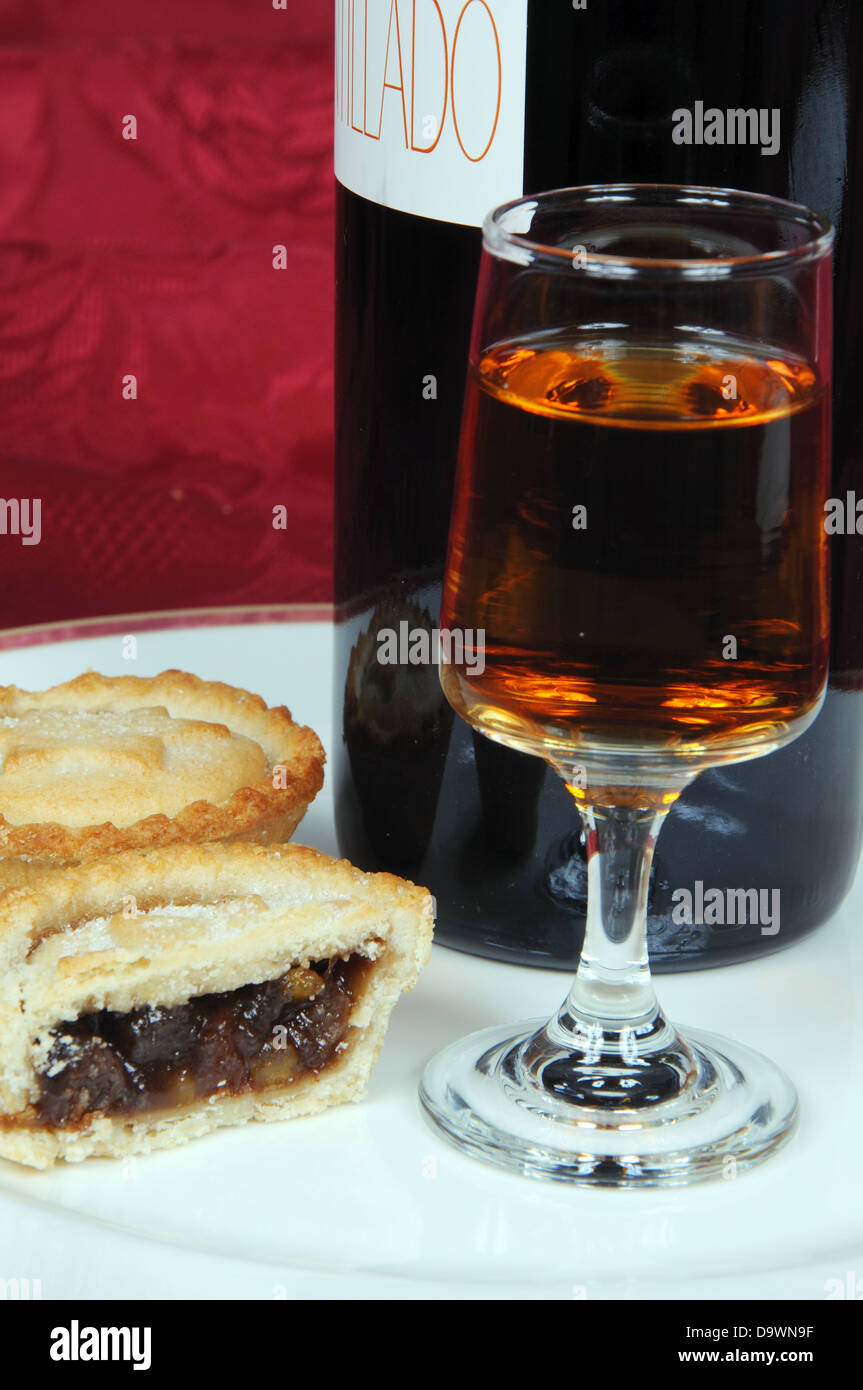 Mince pies and sherry. - Stock Image