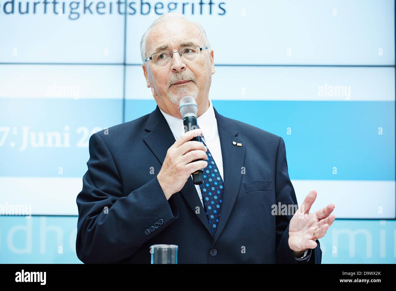 Berlin, germany. 27th June, 2013. Daniel Bahr (FDP), German Federal Minister of Health, gives a press conference Stock Photo