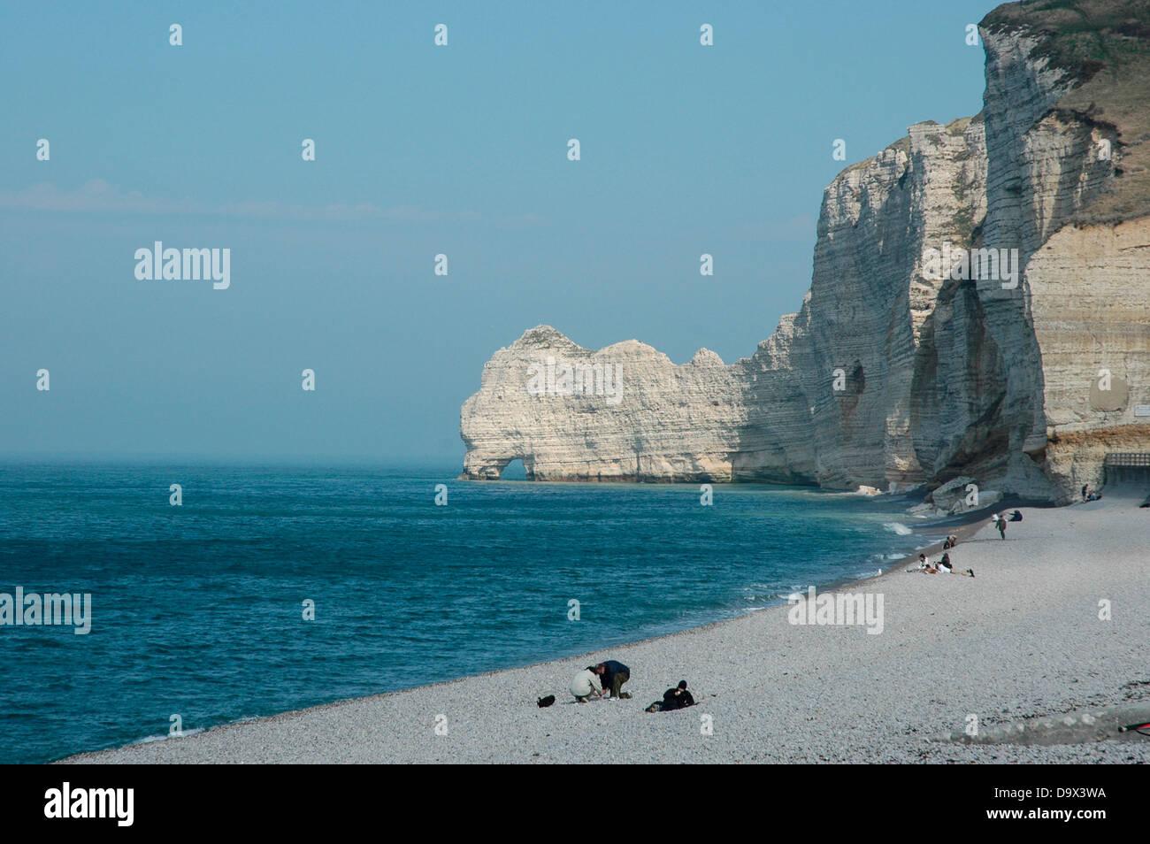 Kueste Steilkueste Felsen Natur Nature Kies Strand Normandie Frankreich High Resolution Stock Photography And Images Alamy