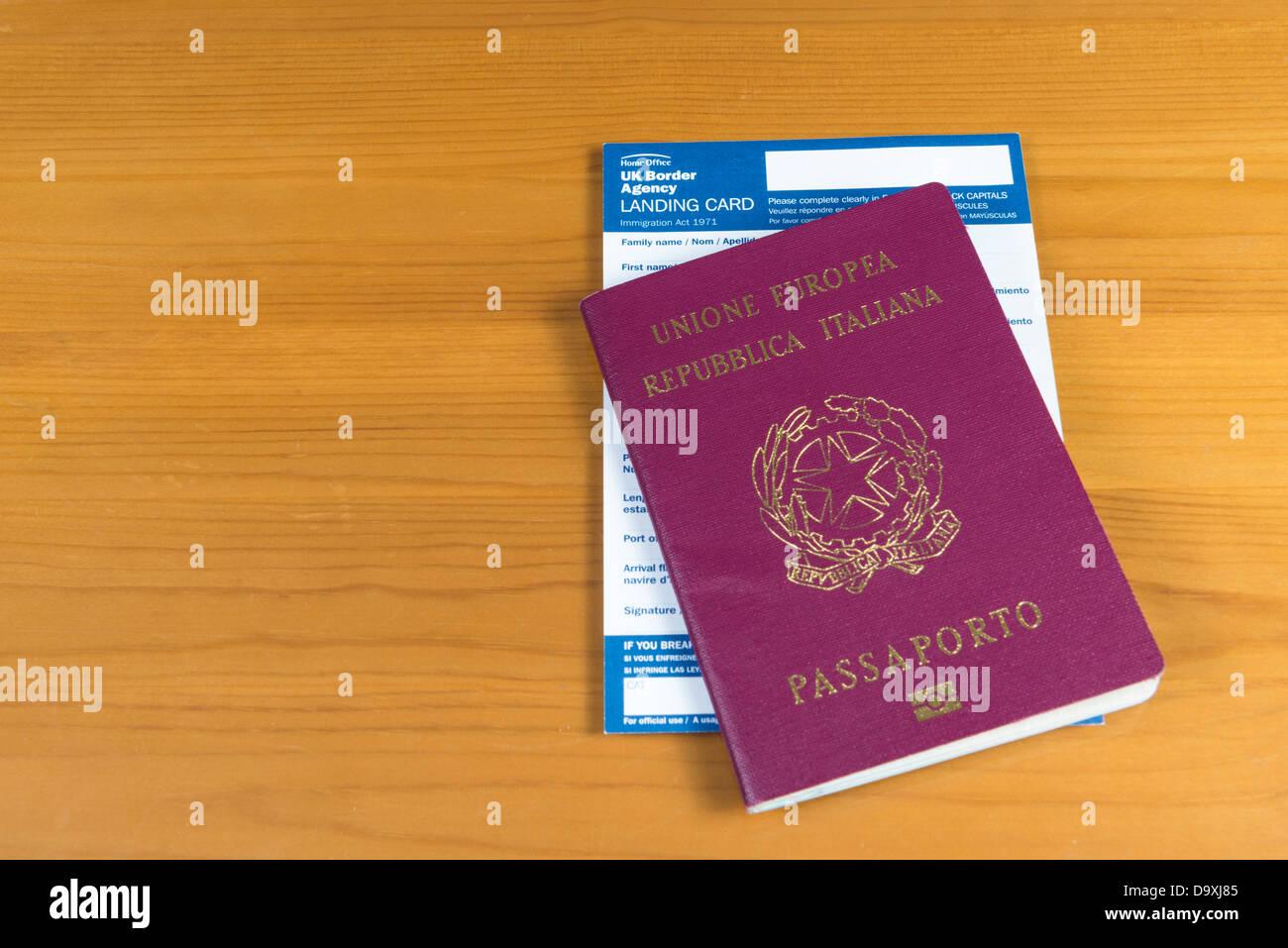 Landing Card Stock Photos & Landing Card Stock Images - Alamy