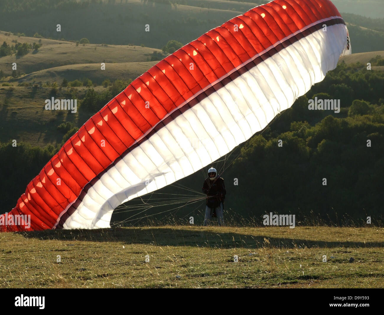 parachute paragliding extreme sport sport wind - Stock Image
