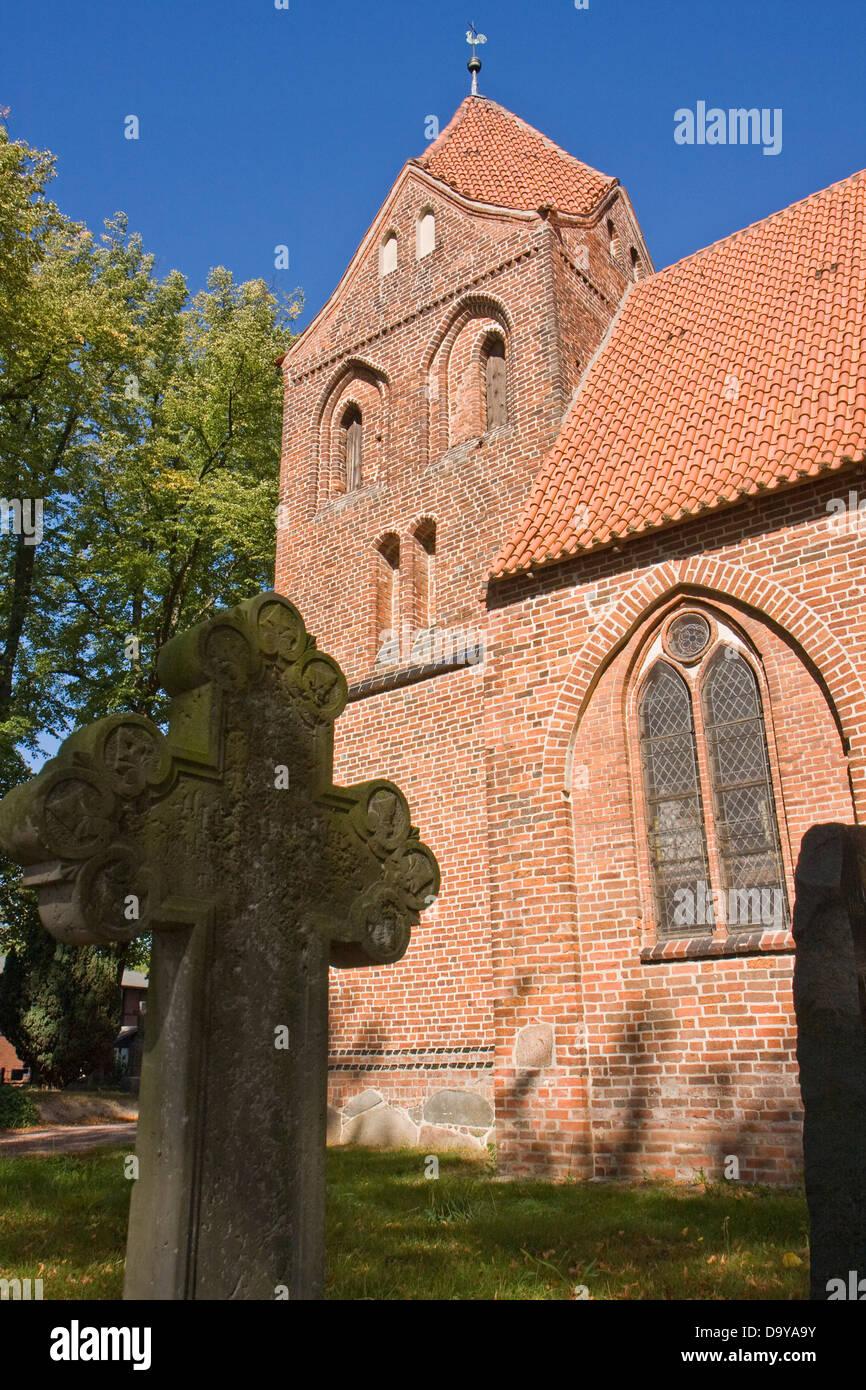 Europe, Germany, Mecklenburg-West Pomerania Dorf Mecklenburg, Church - Stock Image