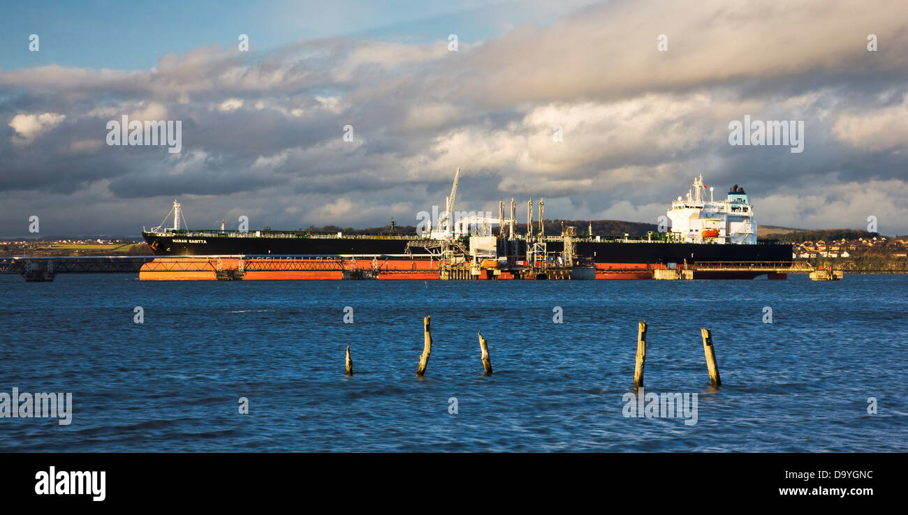 Oil tanker berthed at Hound Point, Firth of Forth, Scotland - Stock Image