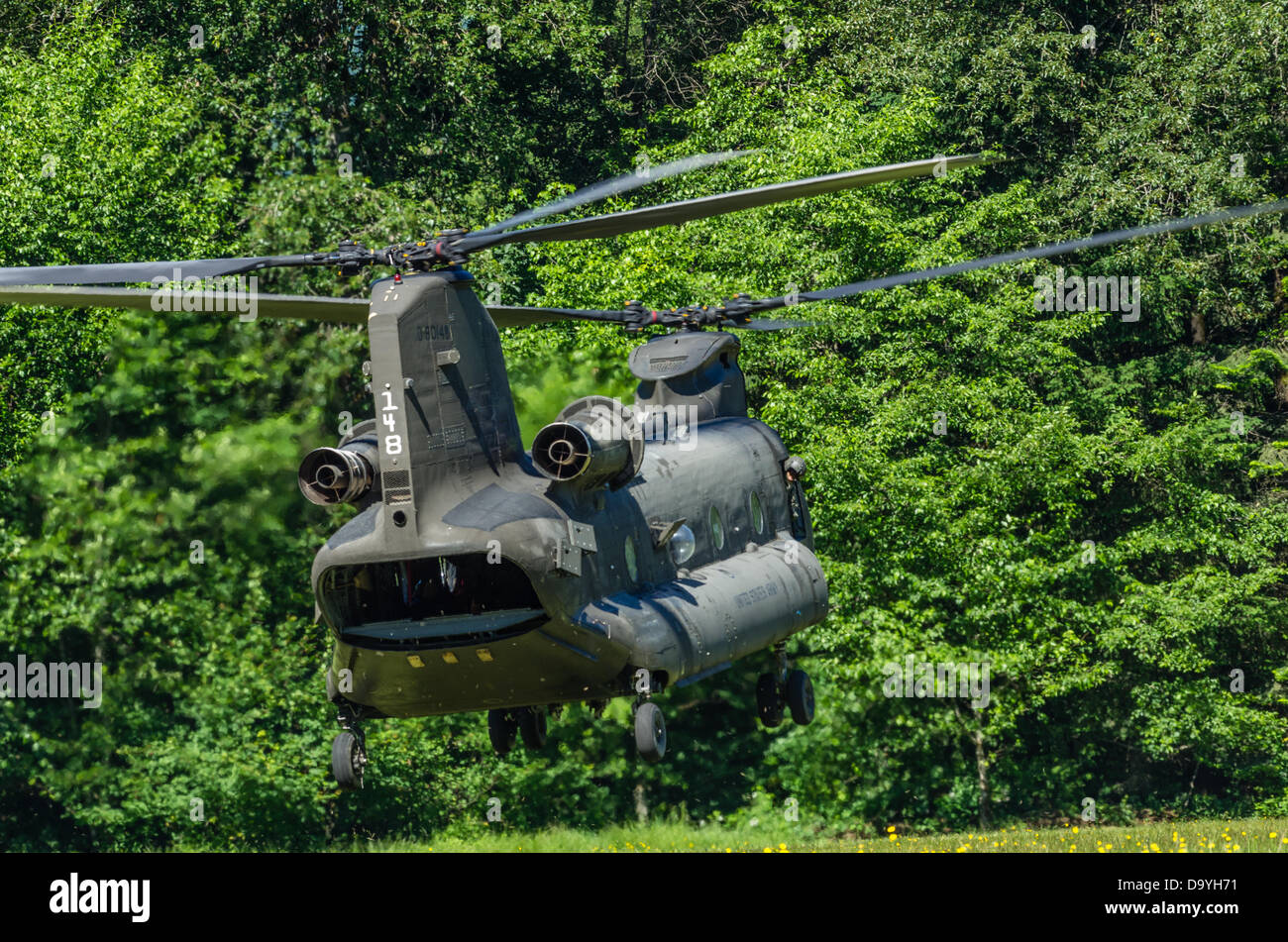 Welches Oregon United States, June 28th, 2013.  A US Army Chinook helicopter lands at a school baseball field in - Stock Image