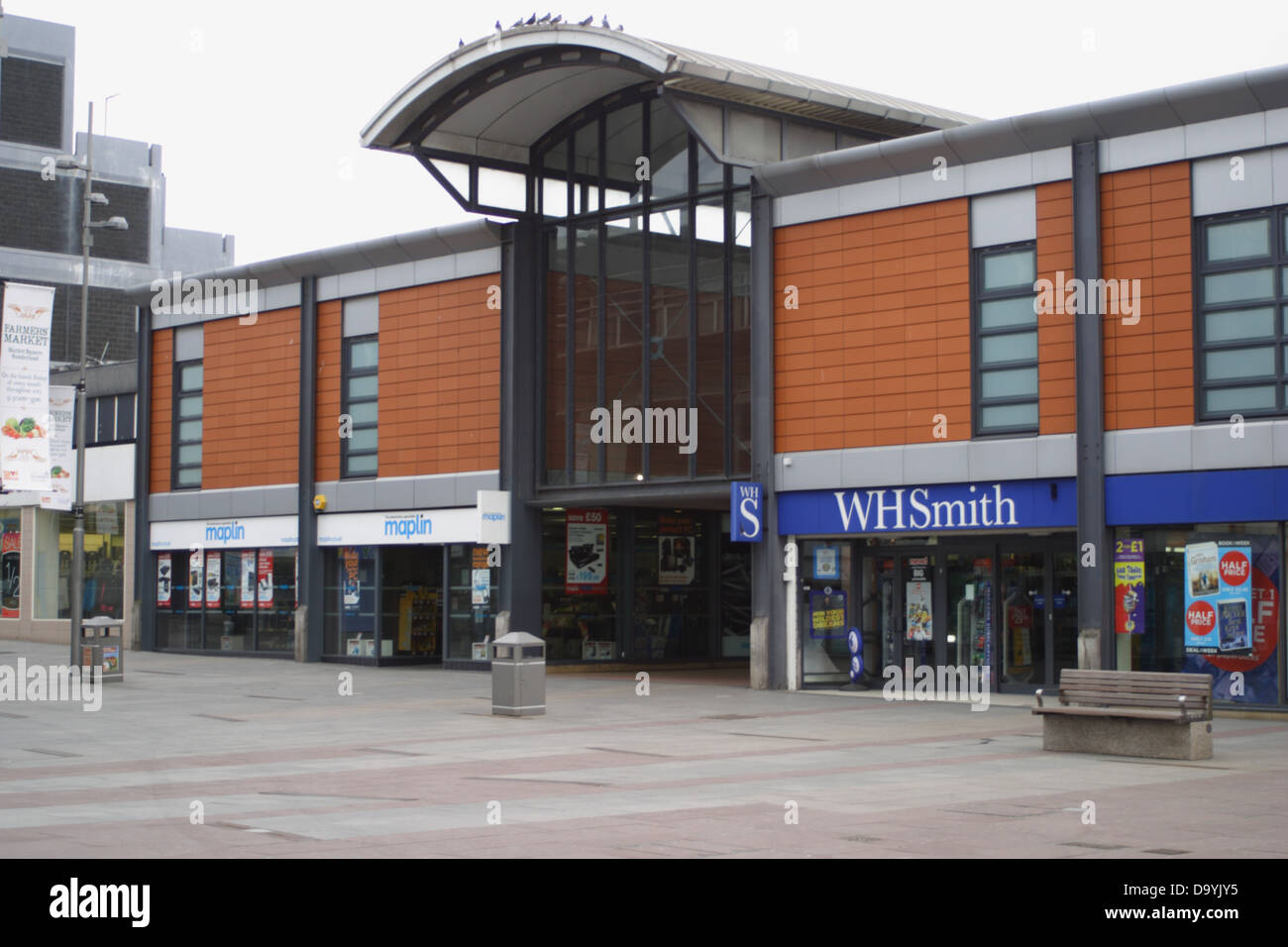 Shops in Sunderland, Maplins, and WHSmiths. - Stock Image