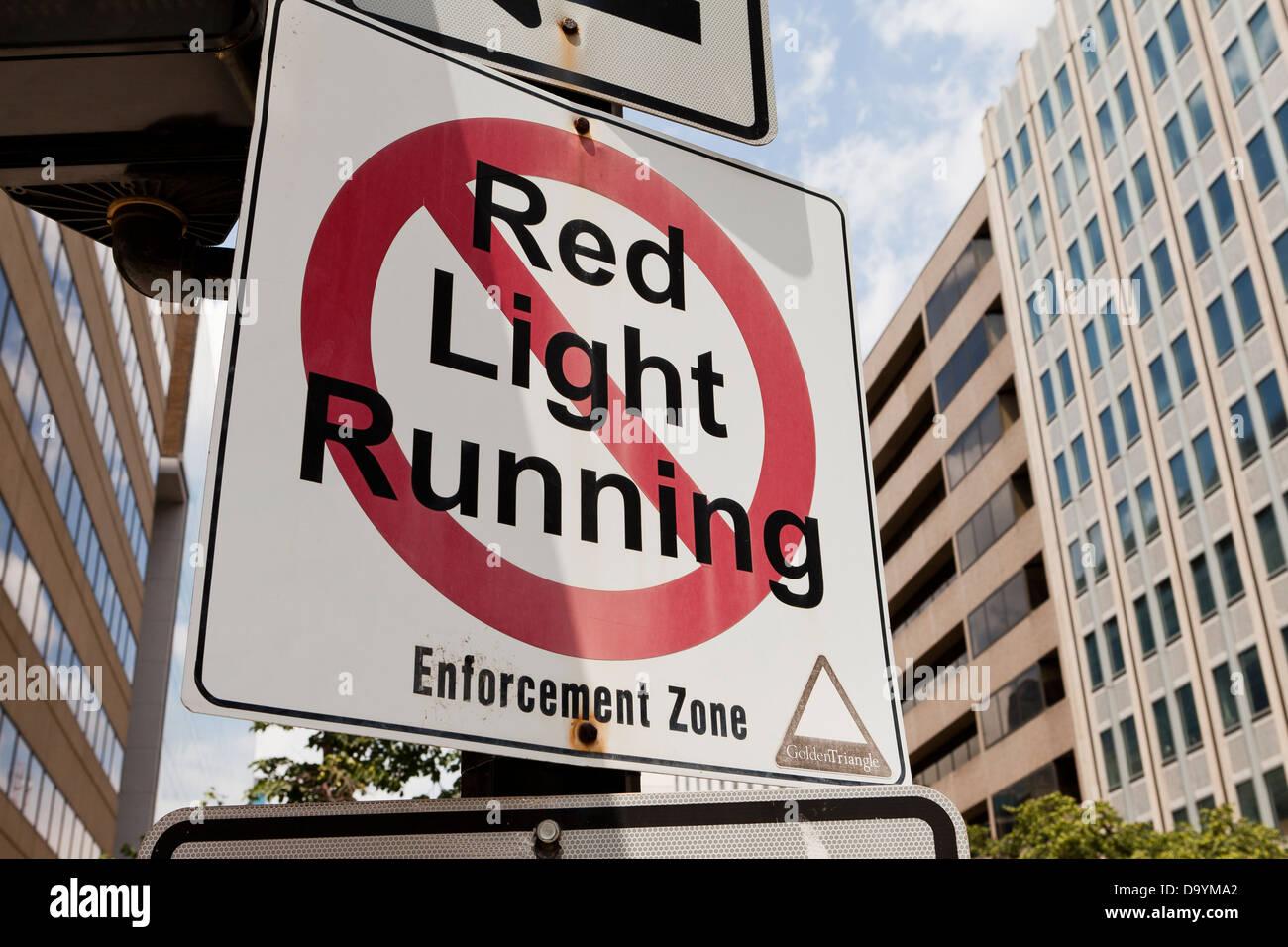No red light running traffic sign - Stock Image