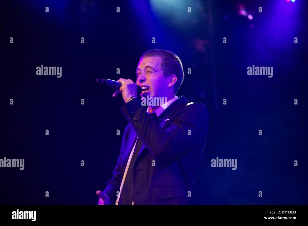 Quebec, Canada. 28th June 2013. 'Rod le Stod' performing at the show' Bal des chansonneurs', part - Stock Image