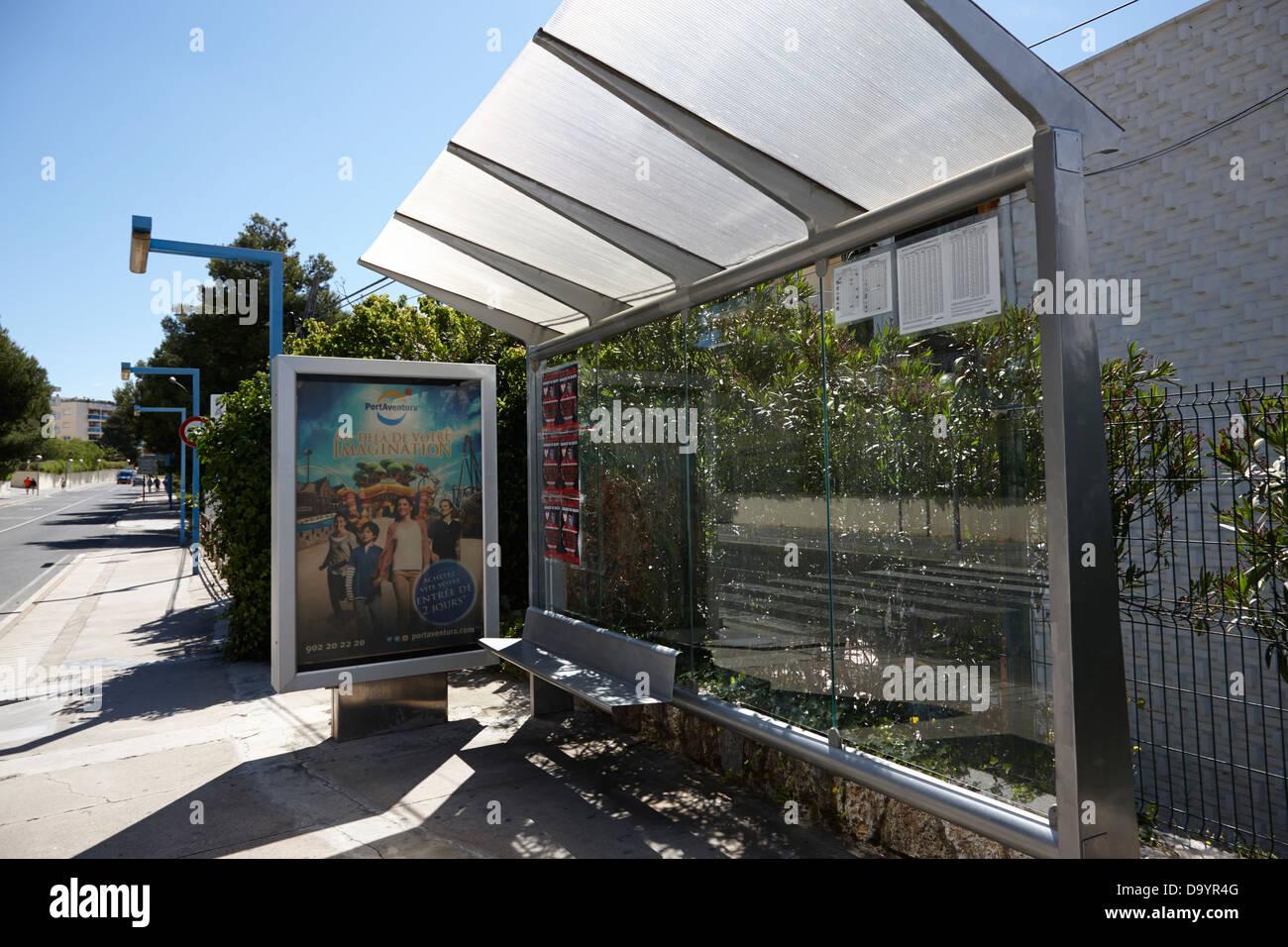 bus shelter stop sun shade cap salou catalonia spain Stock Photo