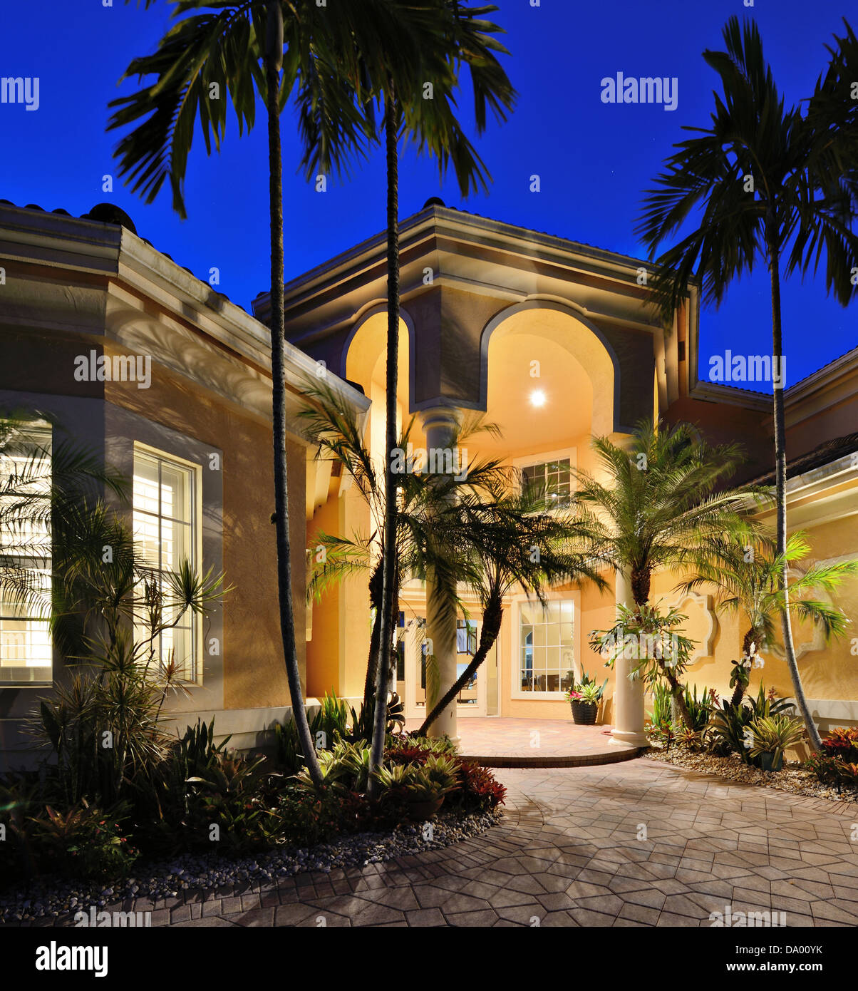 Mansion entrance in a tropical location. - Stock Image