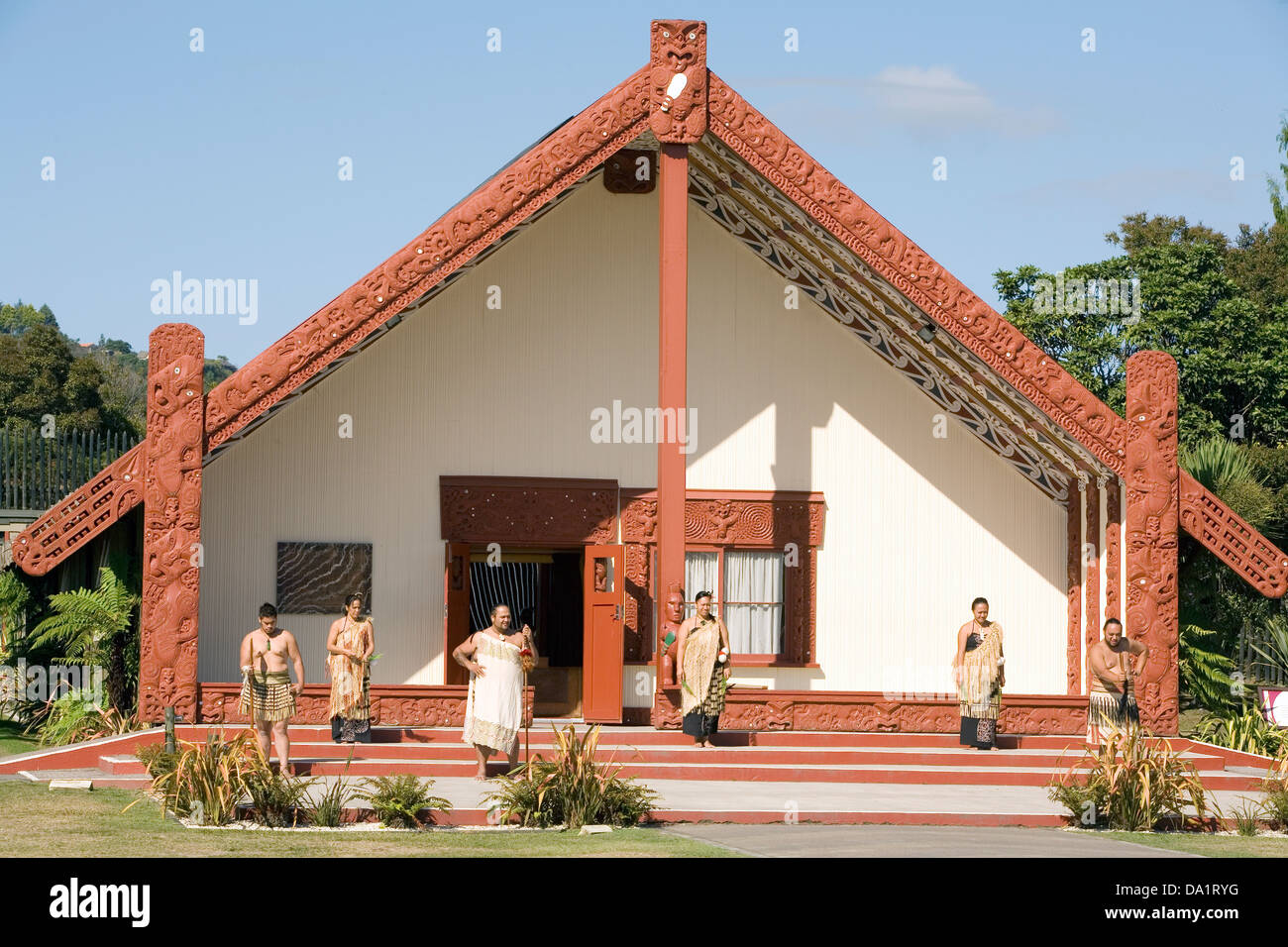 Maori performers assemble out front of Rotowhio Marae, at Te Puia, Rotorua, New Zealand. Stock Photo