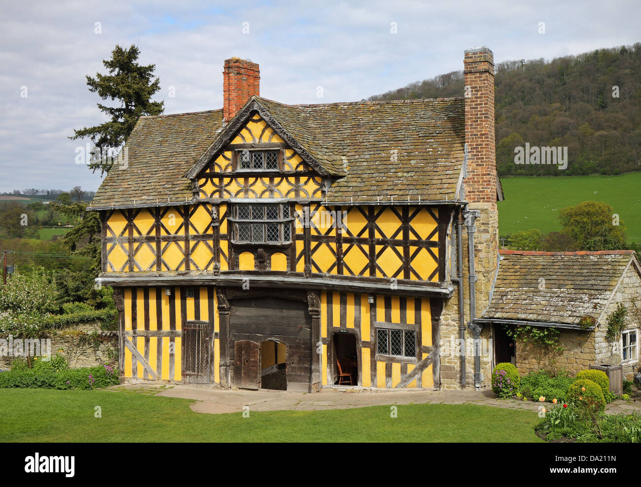 Elizabethan Timber framed house - Stock Image