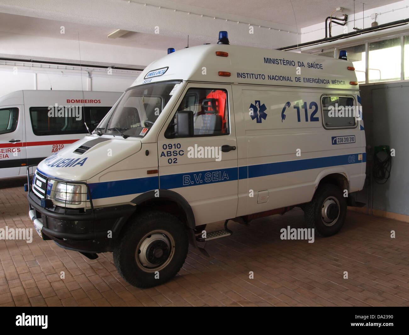 Iveco ambulance, Bombeiros Seia, Unit 0910 ABSC 02 - Stock Image