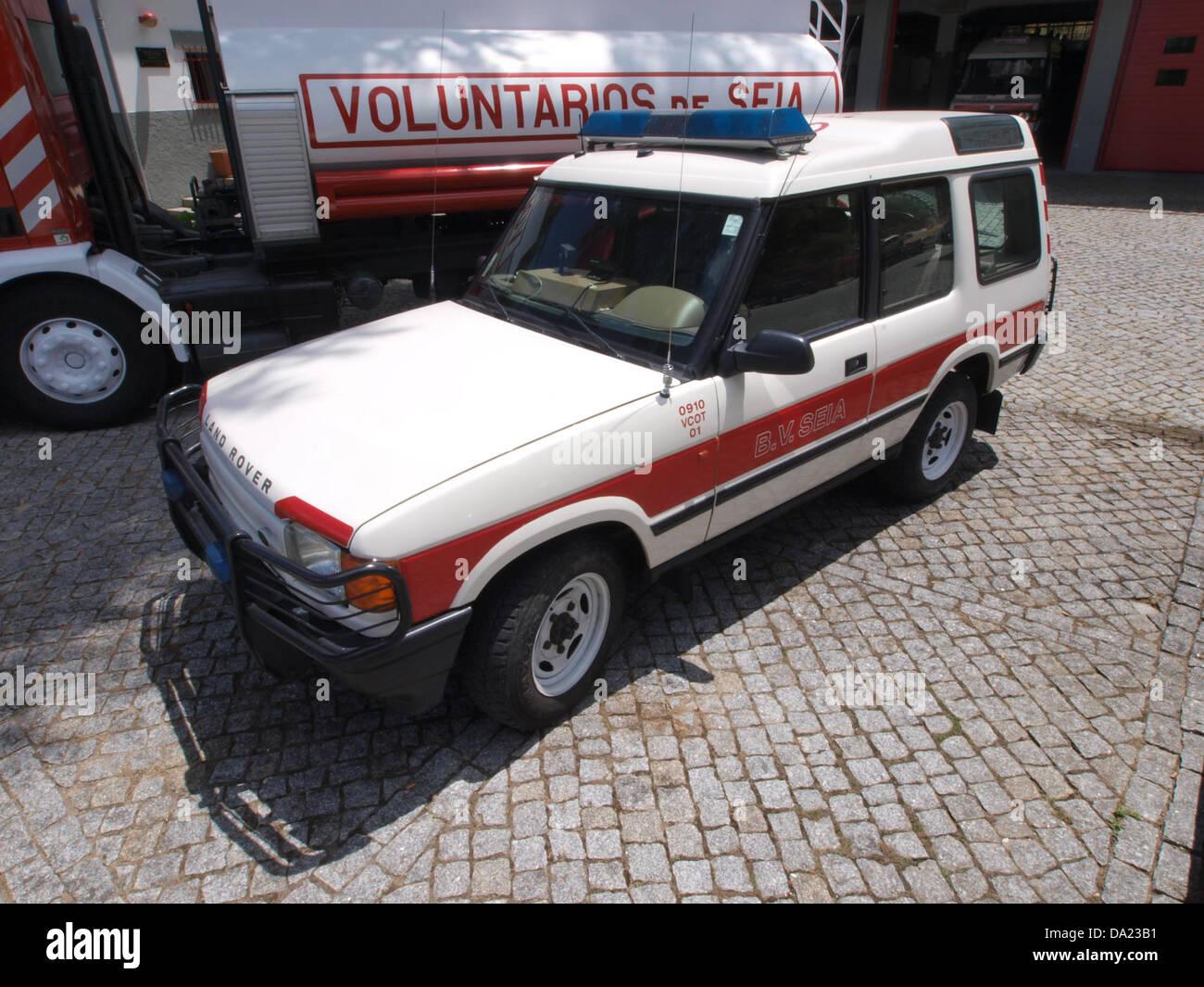 Land Rover, Bombeiros Seia, Unit 0910 VCOT 01 pic1 - Stock Image