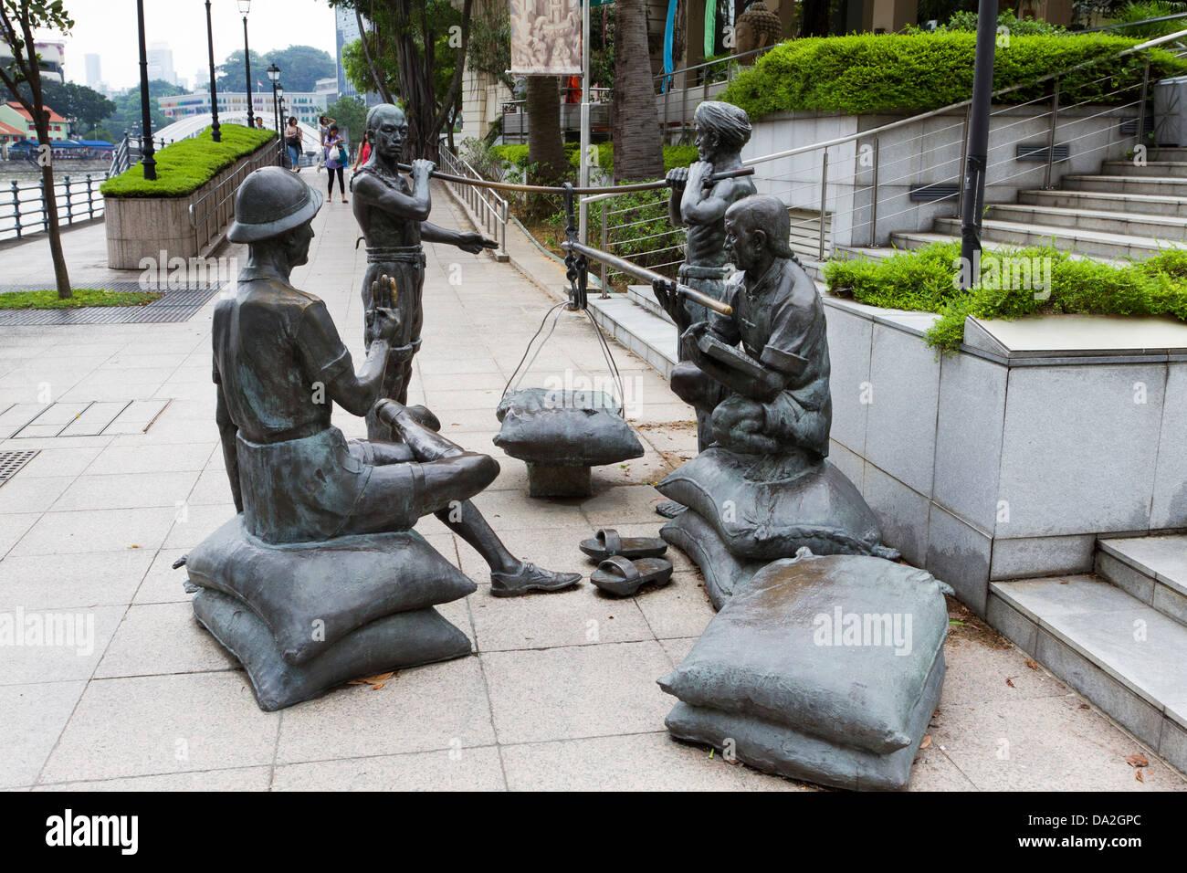 Bronze statues, Boat Quay, Singapore - Stock Image