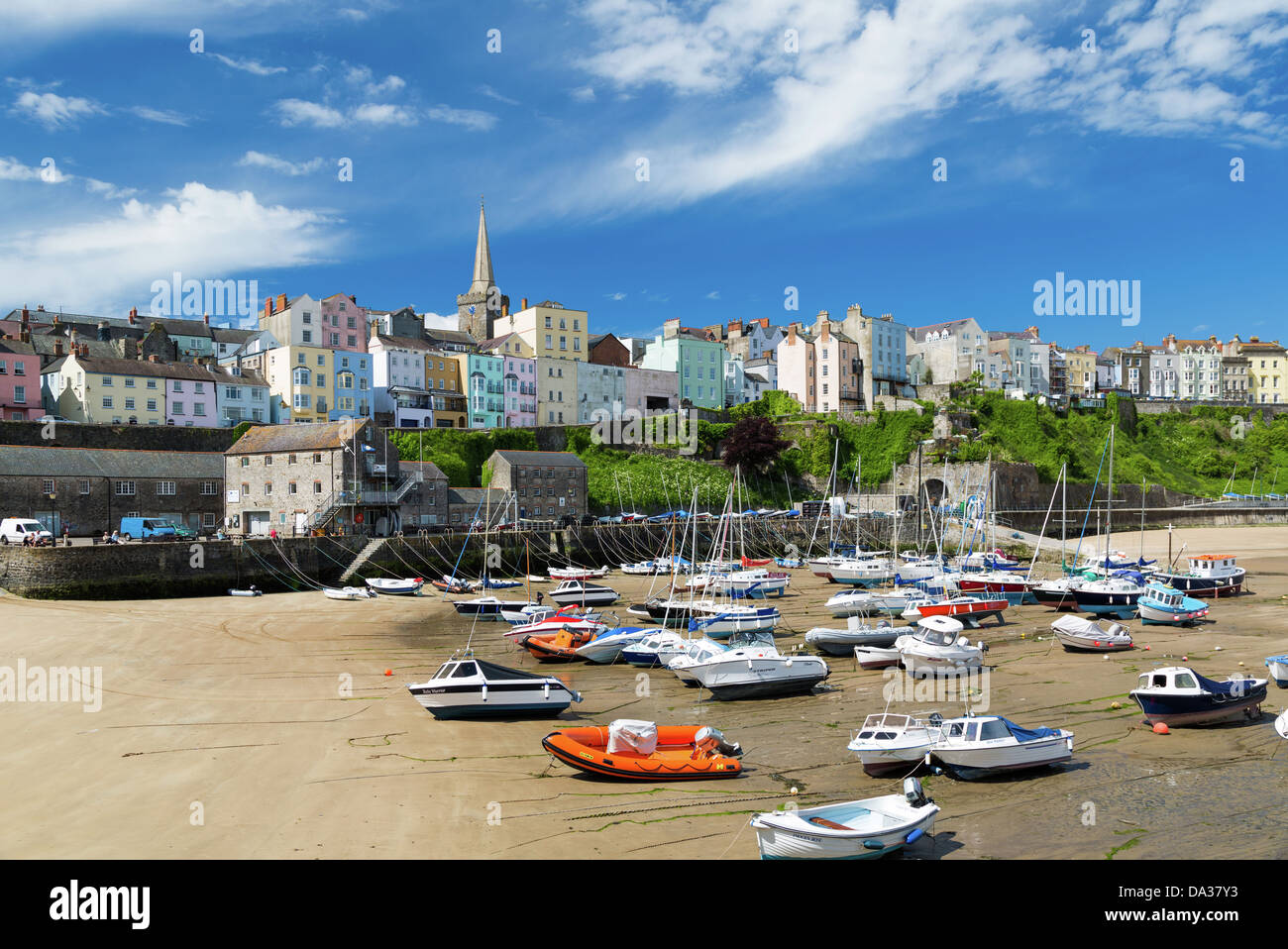 Painted houses around the harbour,Tenby, Pembrokeshire, Wales - Stock Image