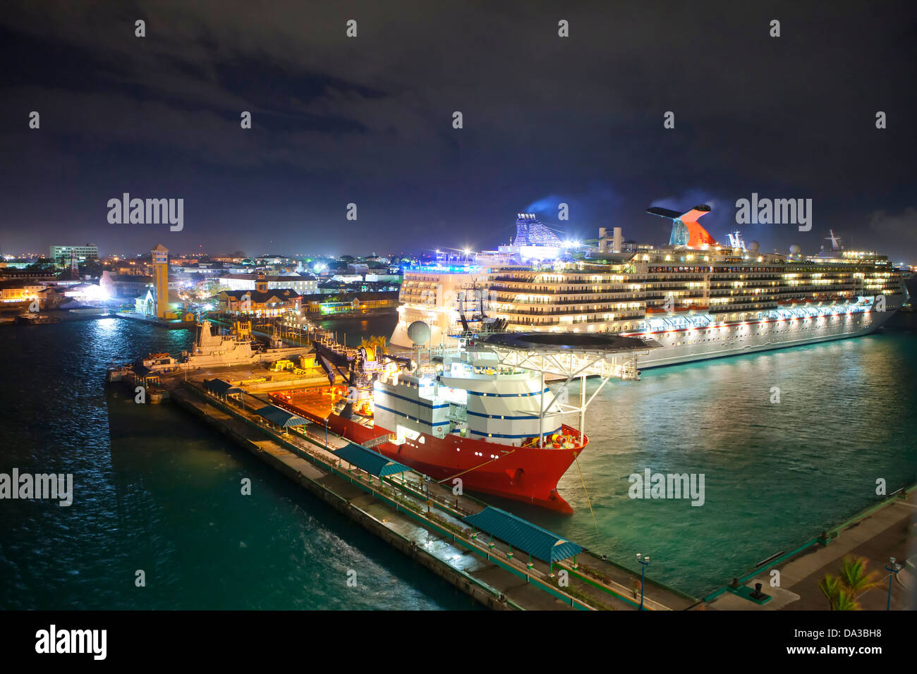 low overhead view of port of Nassau, Bahamas - Stock Image