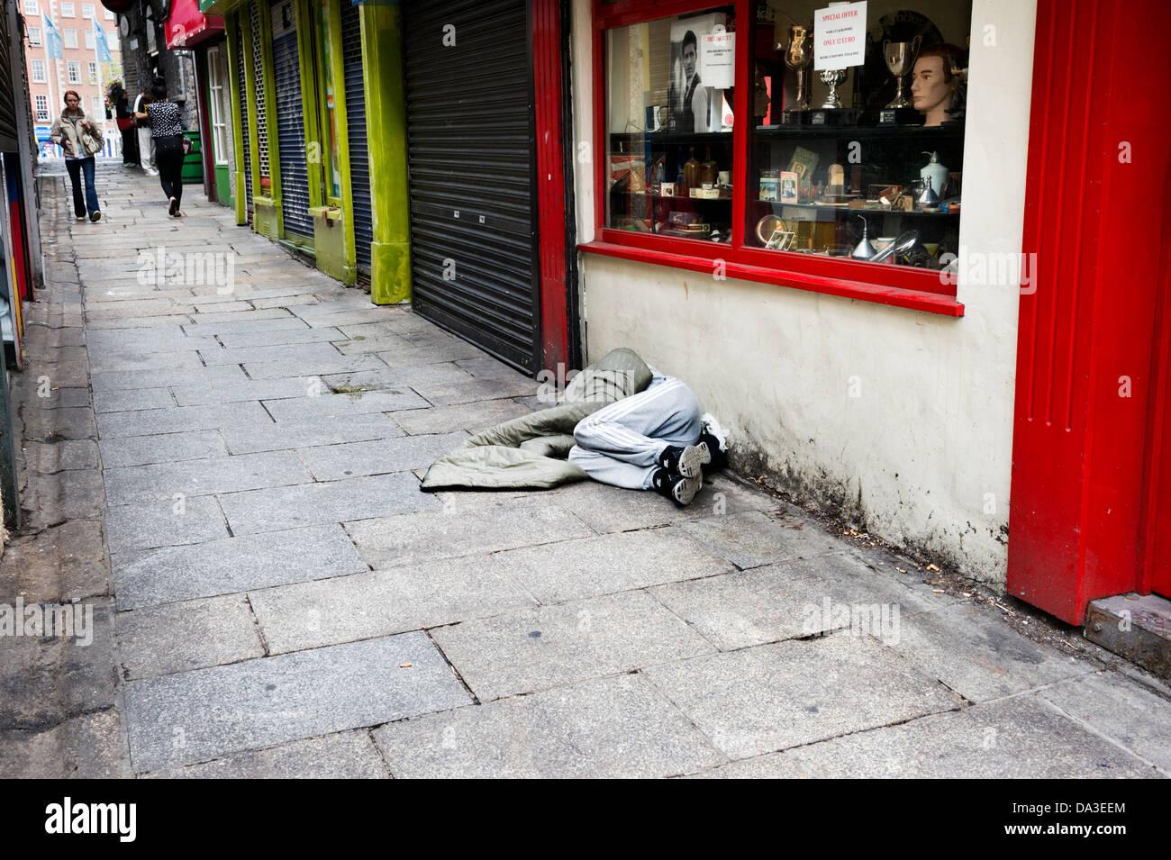 Sleeping rough on the pavement, Dublin City centre, Irish Republic Stock Photo