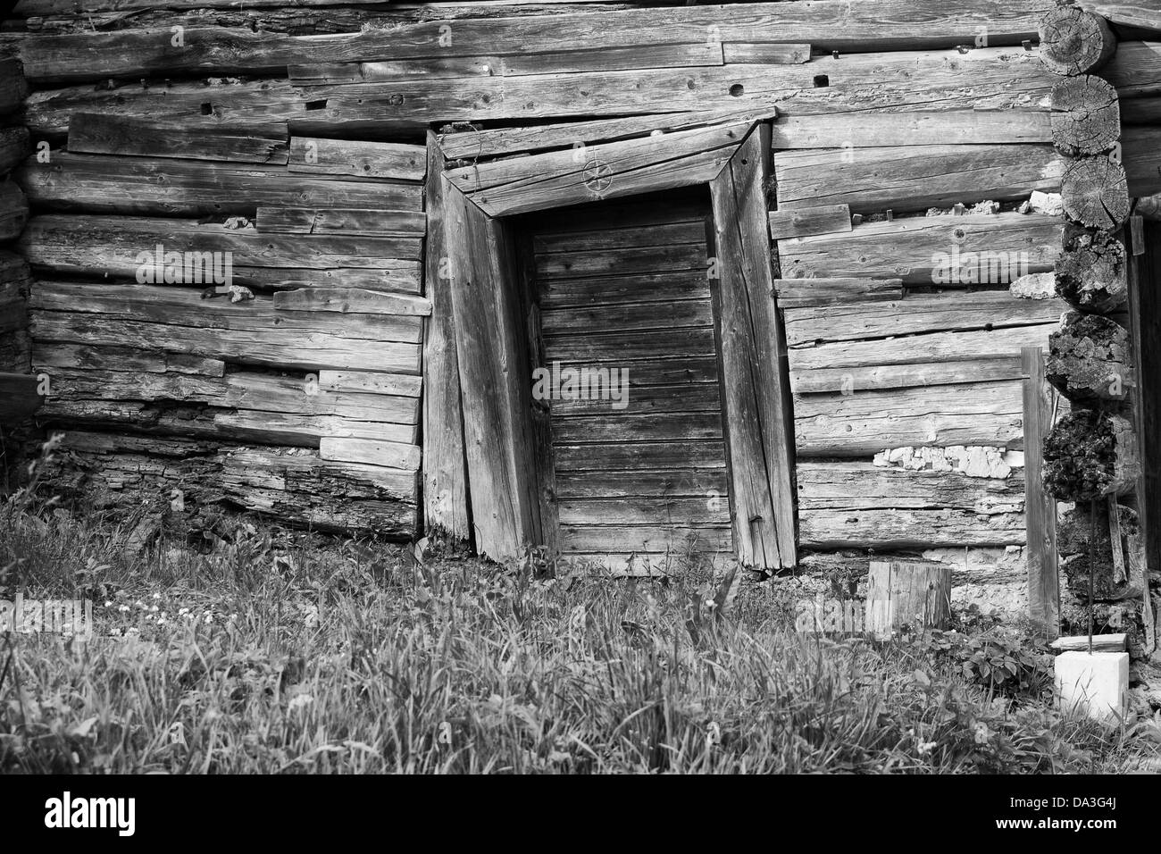 Oblique wooden door - Stock Image