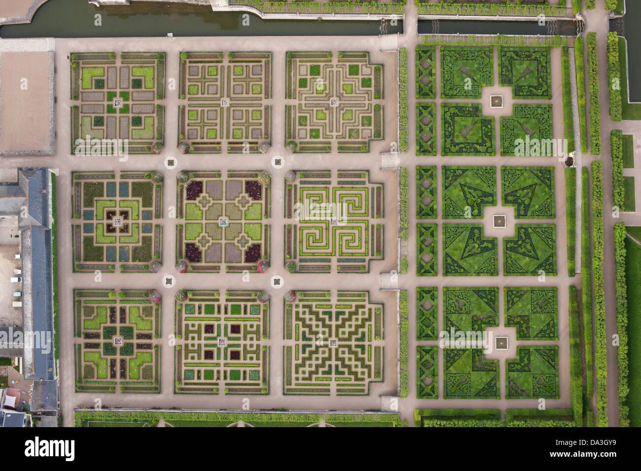 VILLANDRY GARDEN (vertical aerial view). Indre-et-Loire, Loire Valley, Centre, France. - Stock Image