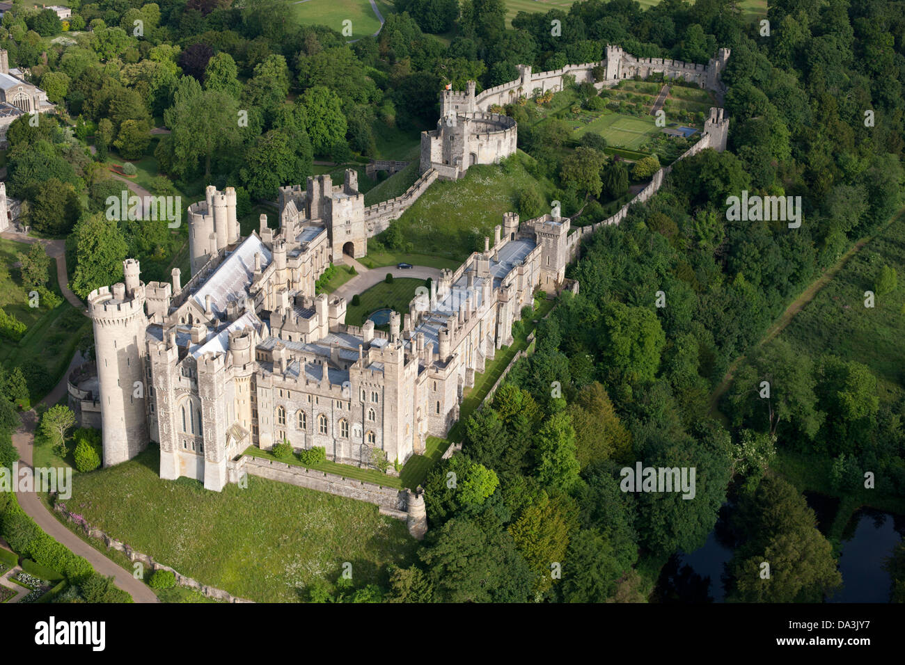 ARUNDEL CASTLE (aerial view). Medieval castle in Arundel, West Sussex, England, Great Britain, United Kingdom. Stock Photo