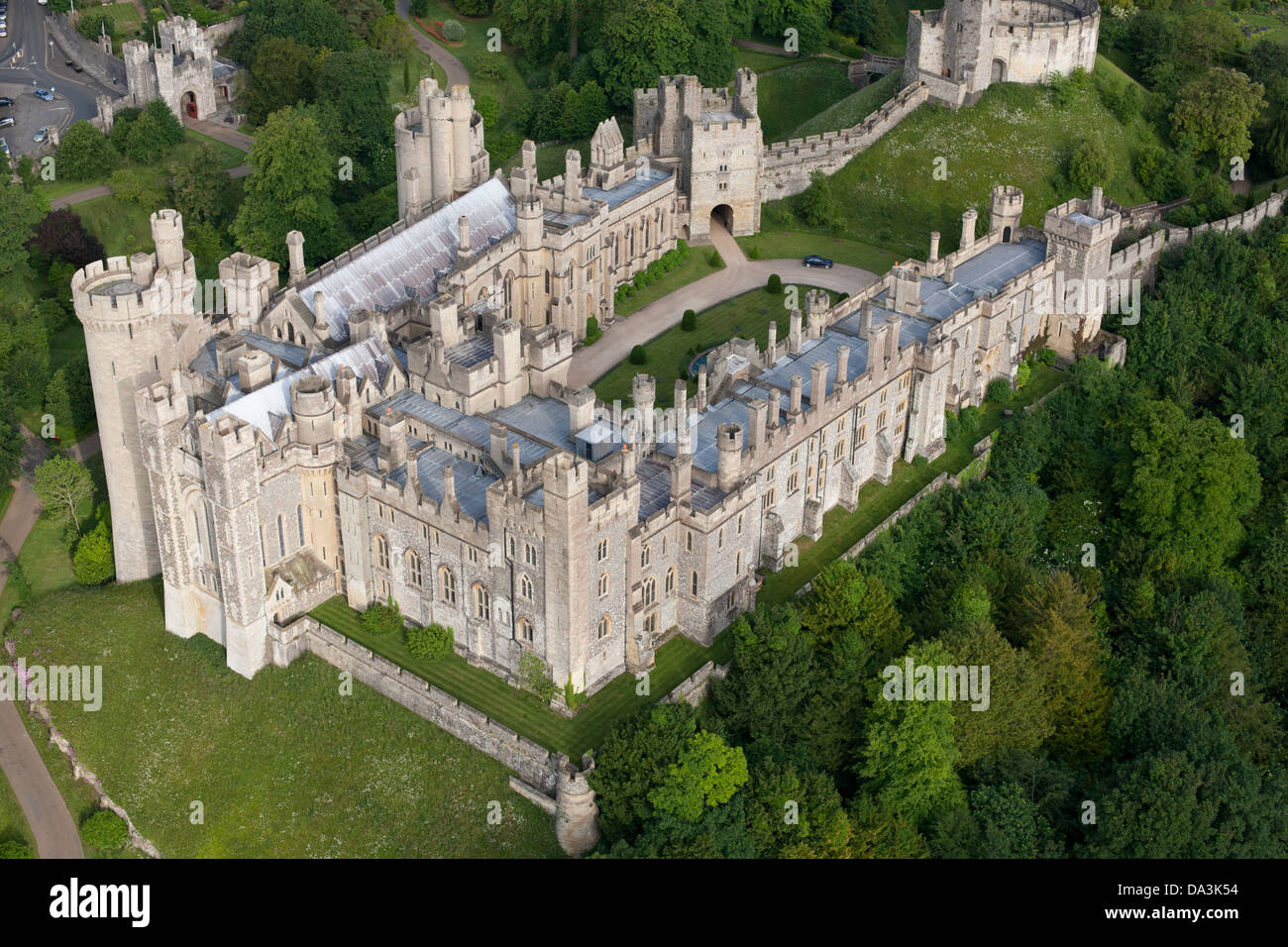 ARUNDEL CASTLE (aerial view). Medieval castle in West Sussex, England, Great Britain, United Kingdom. Stock Photo