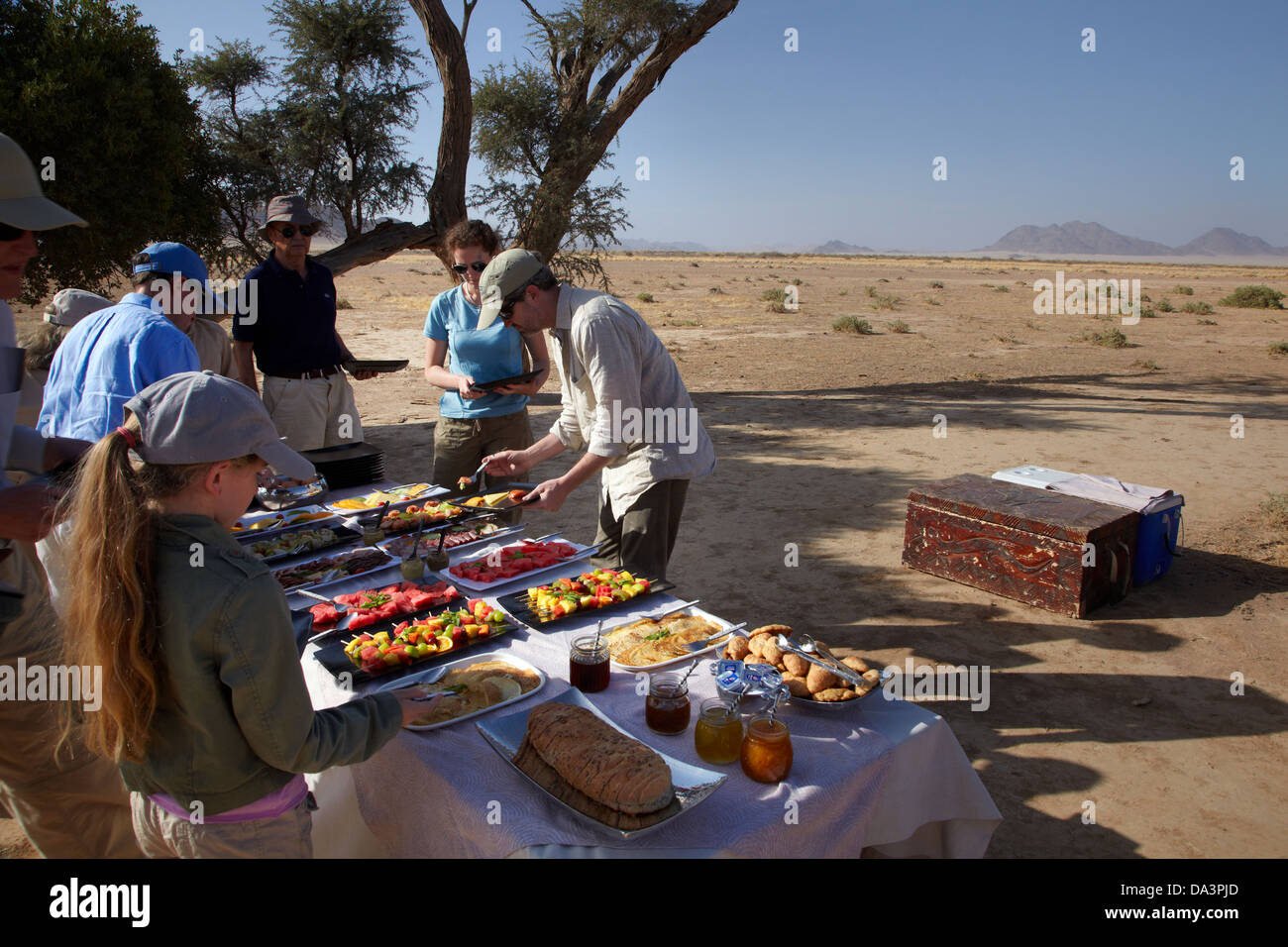 Breakfast in the Namib Desert at the end of hot air balloon flight, near Sesriem, Namibia, Africa - Stock Image