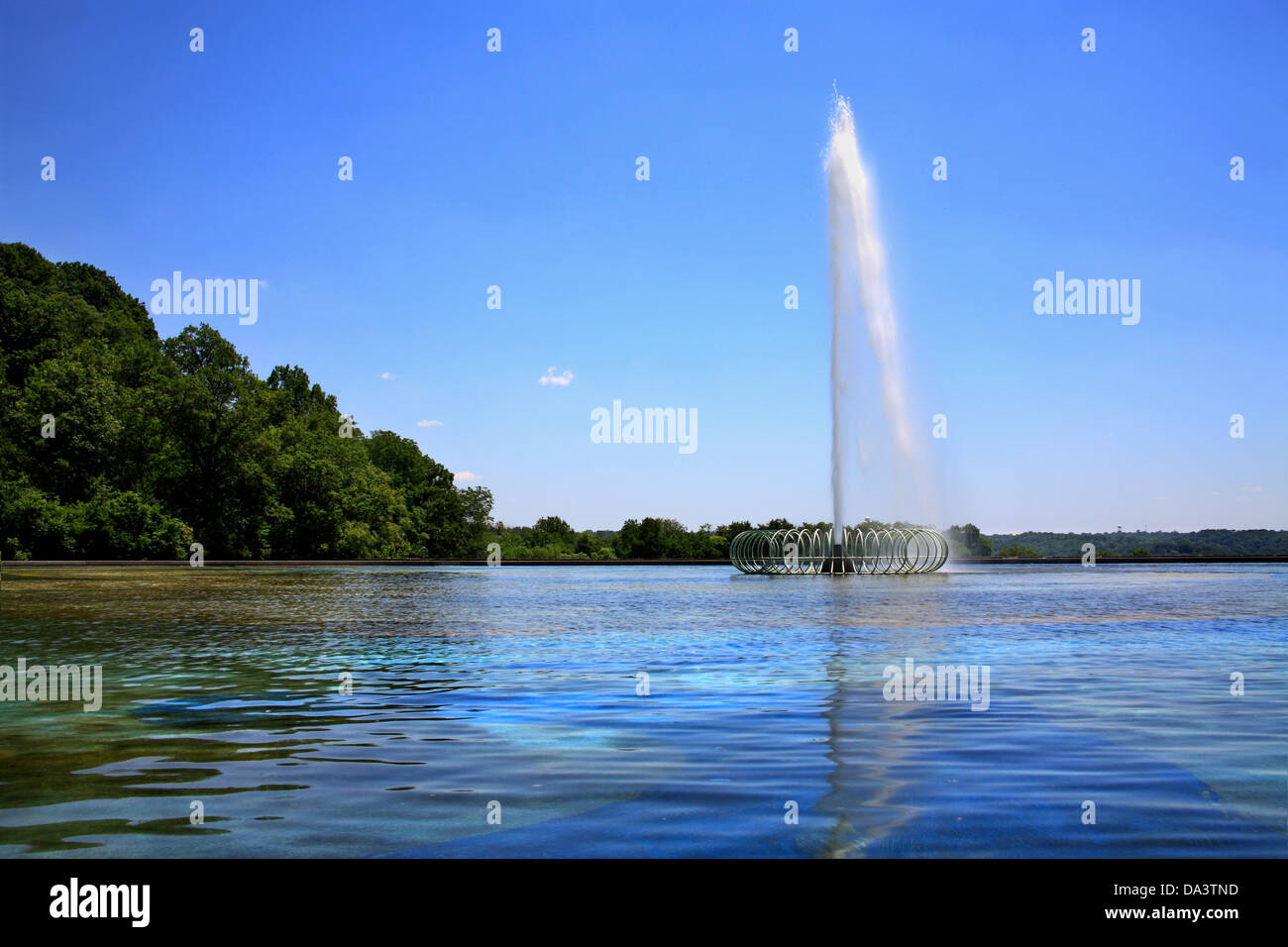 A Water Fountain and Reflecting Pool At Eden Park In Cincinnati Ohio, USA - Stock Image