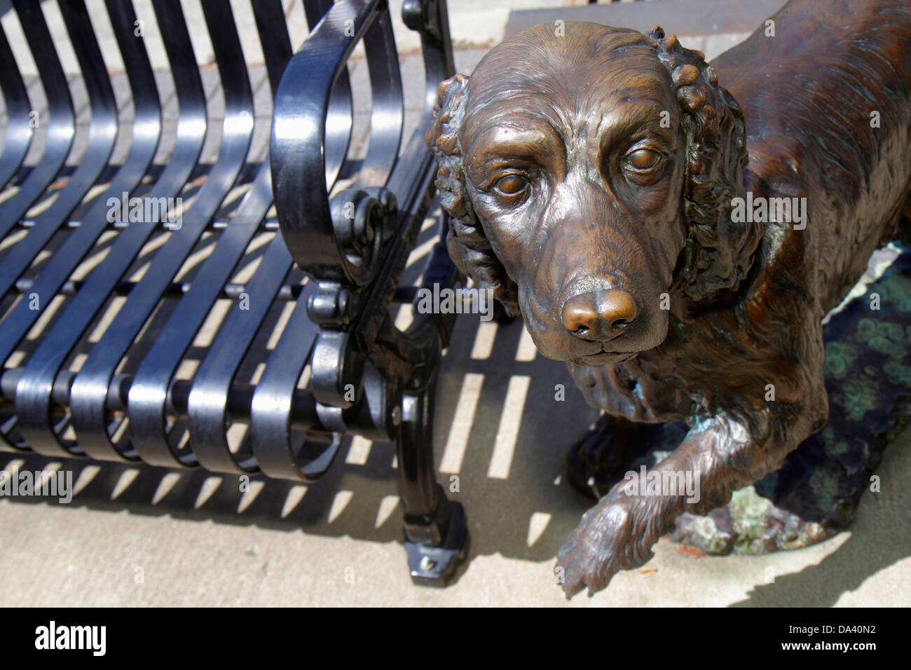 Bench Statue Stock Photos Amp Bench Statue Stock Images Alamy