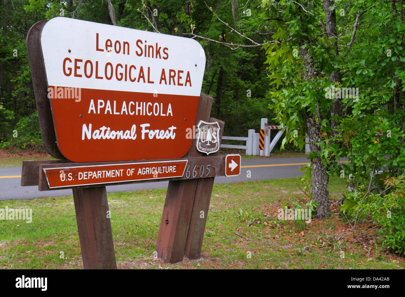 Tallahassee Florida Apalachicola National Forest Leon Sinks sign entrance - Stock Image