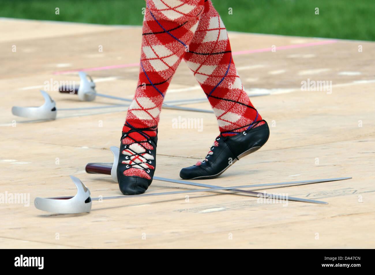 Scottish, Highland  woman dancer, Sword dance - Stock Image
