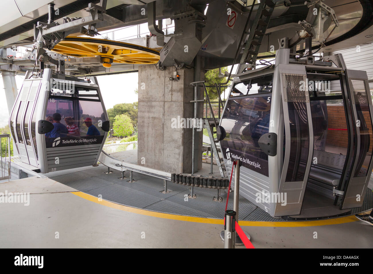 The Montjuic cable car disembarkation at Montjuïc castle terminal Stock Photo