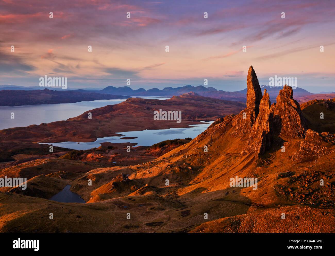 The Old Man of Storr at dawn sunrise Trotternish peninsula Isle of Skye Highlands Scotland UK GB EU Europe - Stock Image