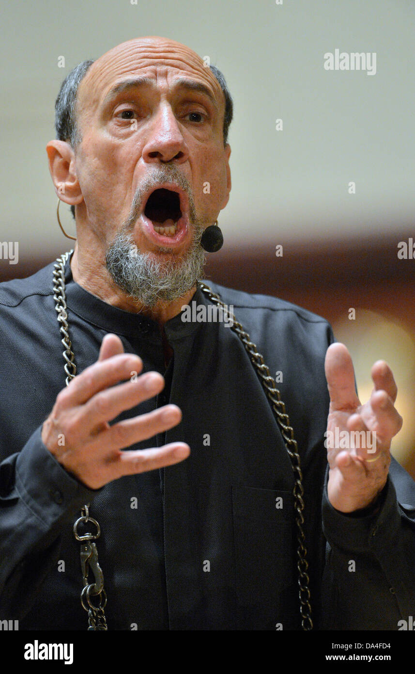 US actor Fahrid Murray Abraham, known for his role of Salieri in Milos Forman's Amadeus, is seen at rehearsal - Stock Image